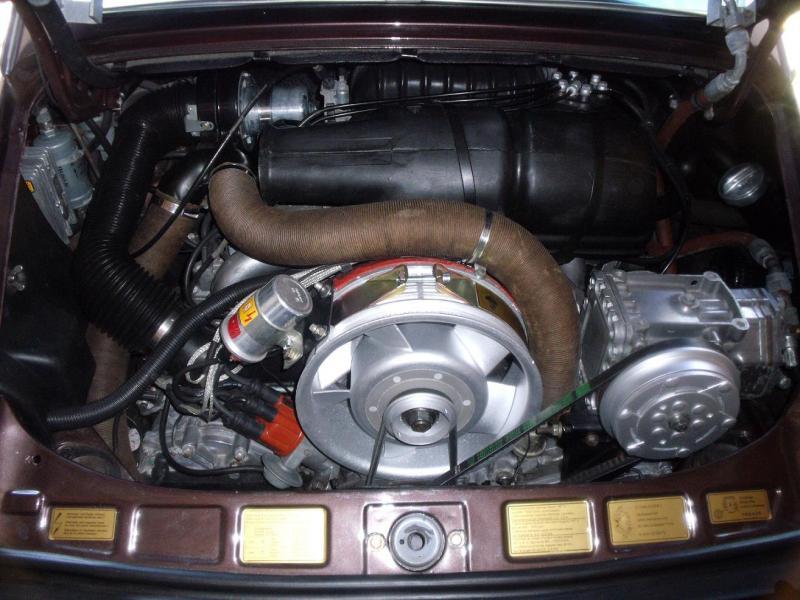 comment reconnaitre un moteur de 911 2l7 d 39 un 911 sc. Black Bedroom Furniture Sets. Home Design Ideas